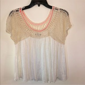 American Eagle crotchet Top. Size Medium